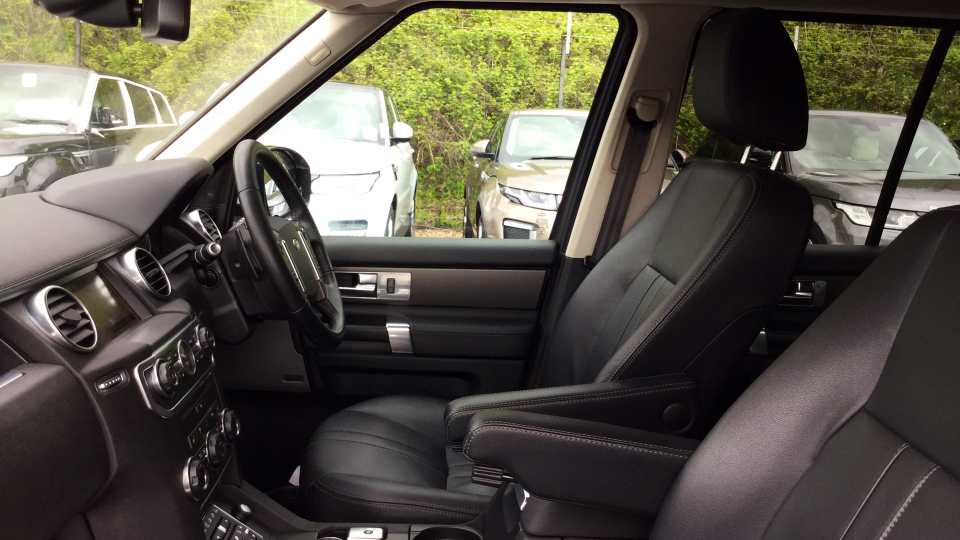 Used Land Rover Discovery Diesel Xs mercial Sd V6 Auto for Sale