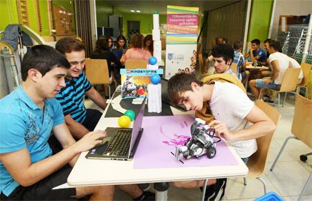 Fuente: http://www.educaweb.com/noticia/2015/05/27/nuevas-metodologias-nuevas-competencias-8864/