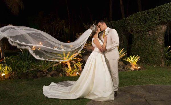 Casamento ao ar livre - Garden Party - Tatiana Mattos - Eduardo Guinle - foto Demetrius Borges 2