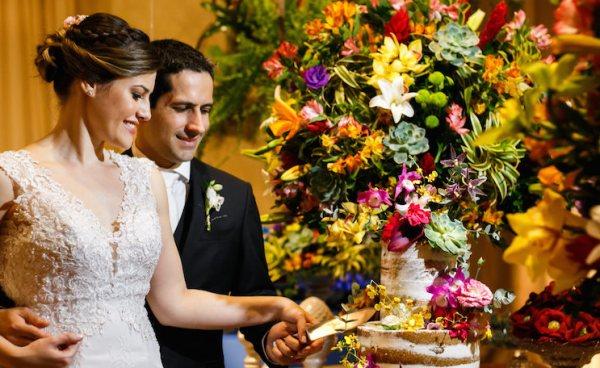 Casamento rústico-chique colorido no Spazio Itanhangá - foto Anderson Marcello
