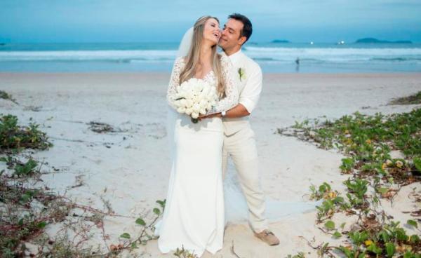Abre_Casamento na praia - Uniq Beach Lounge - Foto Maria Toscano  - Eu Amo Casamento (31)