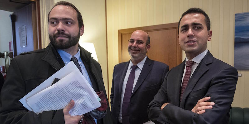 Five Stars escaped the crisis in Italy, but split in Brussels