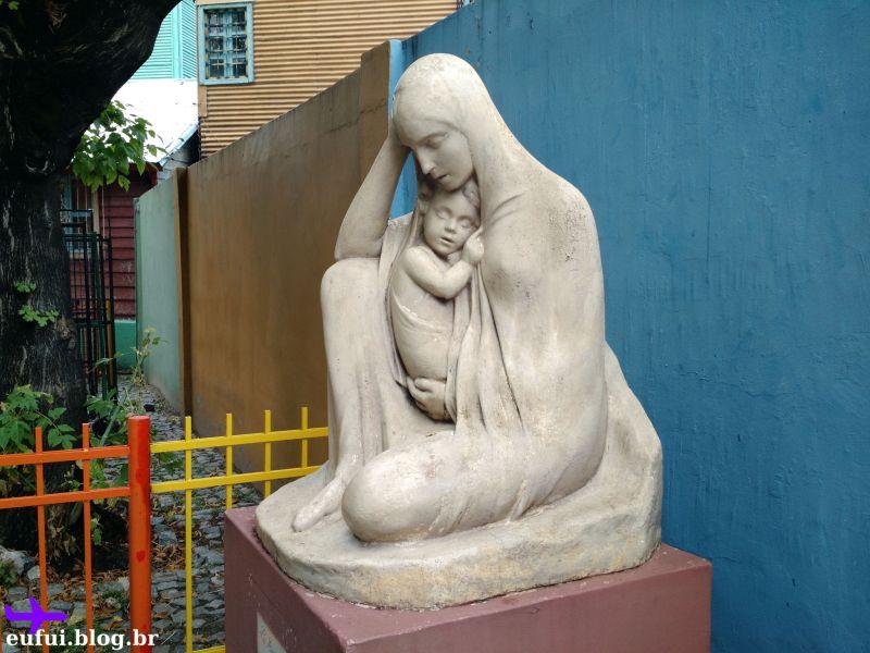 buenos aires caminito estatua mae e filho
