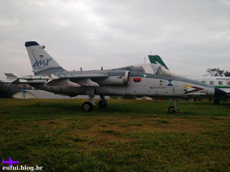 memorial aeroespacial brasileiro jato