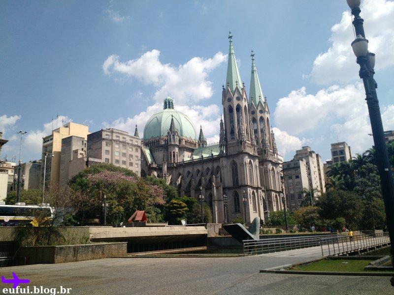 catedral da sé vista da estação de metro