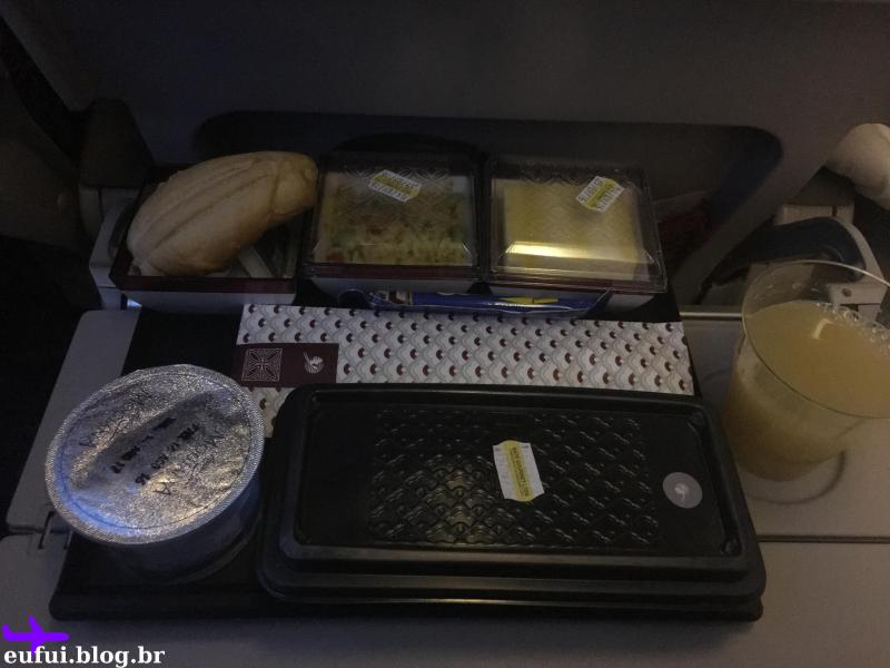 qatar airways para buenos aires comida