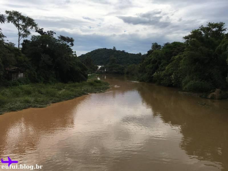 Parque Ilha Grande em Guararema - Rio Paraiba do Sul visto da Ponte