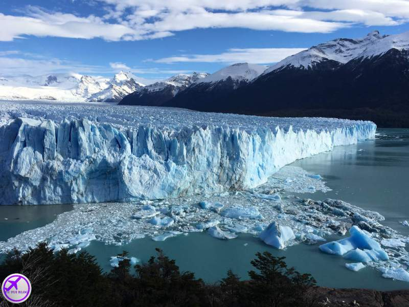 Gelo desprendido no Glaciar Perito Moreno em El Calafate - Argentina