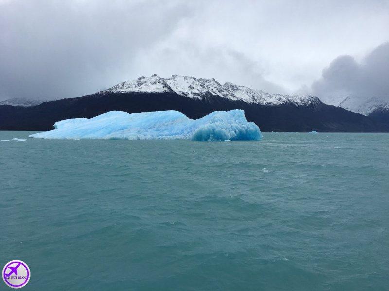 Blocos de Gelo no Lago Argentino - Rios de Hielo em El Calafate - Argentina