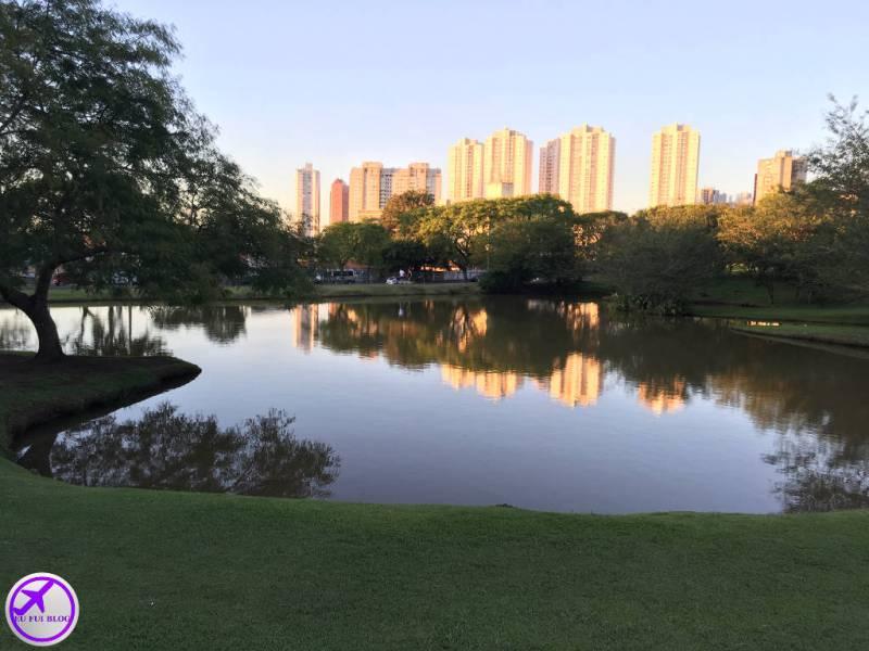 Lago no Jardim Botânico de Curitiba - Paraná