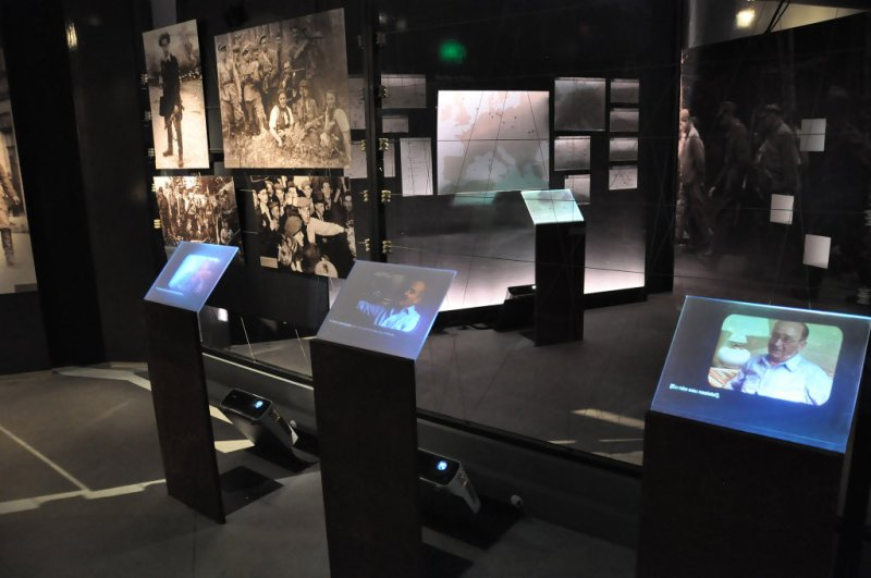 Interatividade no Museu do Holocausto de Curitiba - Paraná