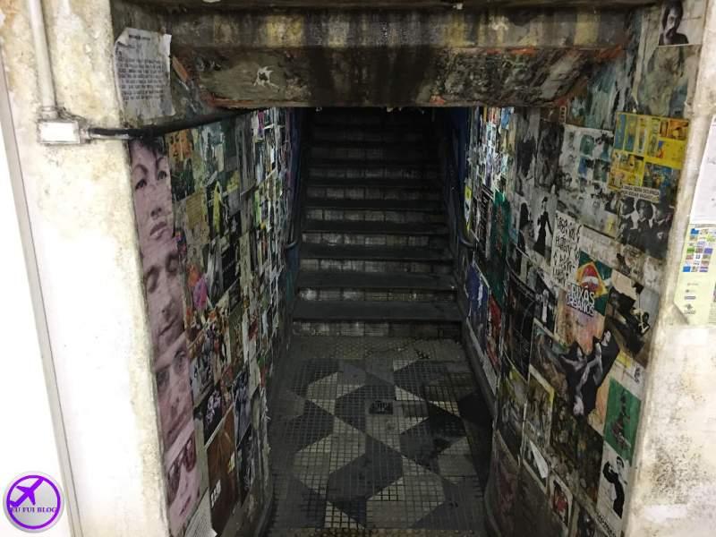 Escada da Passagem Literária da Consolação em São Paulo