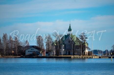 Una din multele insulite din jurul orasului Helsinki
