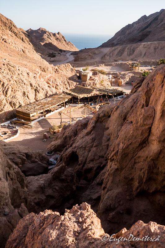 Colored canyon2 - Egipt, destinaţia pentru vacanţe exotice la super-preţuri!