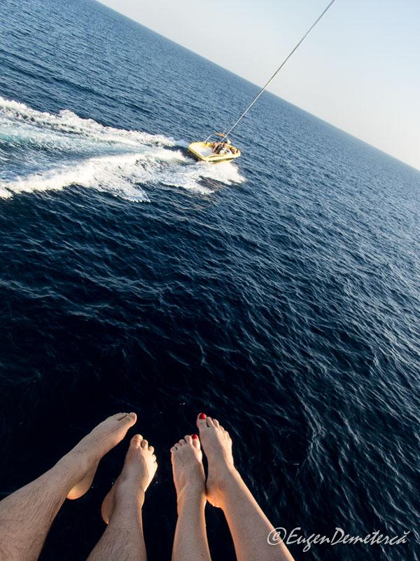 Parasailing2 - Egipt, destinaţia pentru vacanţe exotice la super-preţuri!