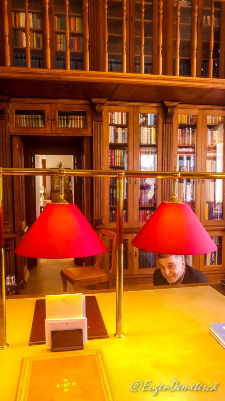 Biblioteca de la Savarsin Peti chinezul - Paştele Regal la Săvârşin