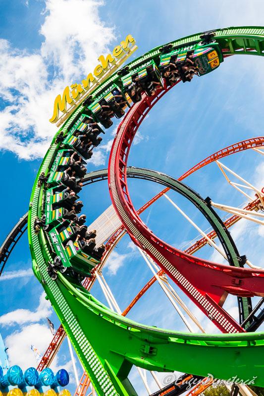 Rollercoaster la Oktoberfest 2