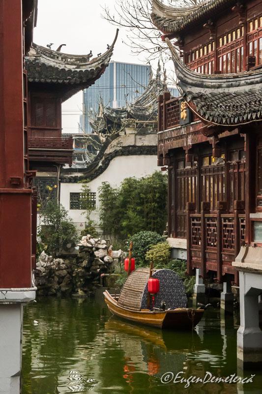 Shanghai - barca in gradina Yuyuan