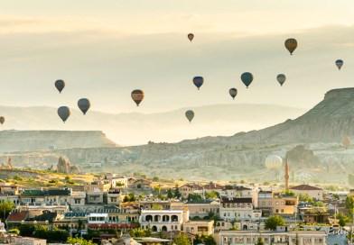 Cappadocia: magia zborului cu balonul