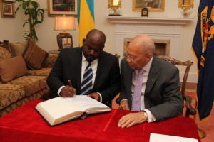 The Hon. Mr. Justice Ian Winder (Ag) and His Excellency Sir Arthur Foulkes Governor General of The Bahamas
