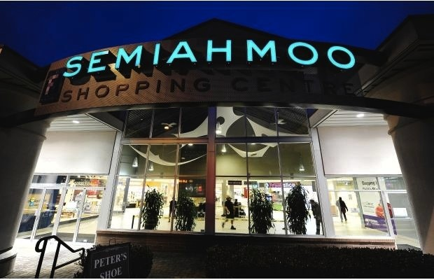 Semiahmoo-Shopping-Centre.jpg