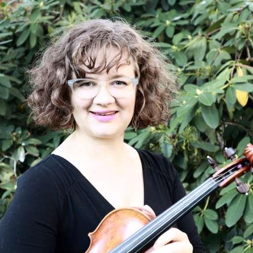 Eugene Suzuki Violin Teacher Jodie St. Clair