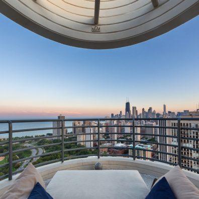 Amenities | Rooftop Sun Deck