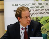 Sustainable farming to mitigate climate change