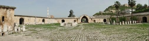 caravanserai_of_qalat_el-mudiq_01