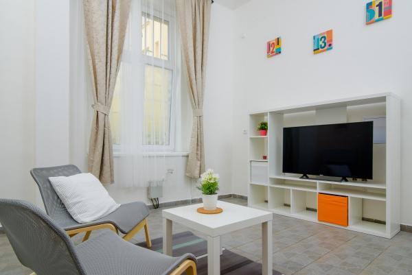 103 Modern studio apartment in Prague long term