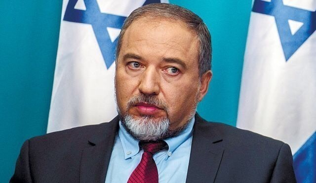 El Ministro de Defensa israelí visita Georgia y Azerbaiyán haciendo caso omiso a Armenia. ¿Por qué?
