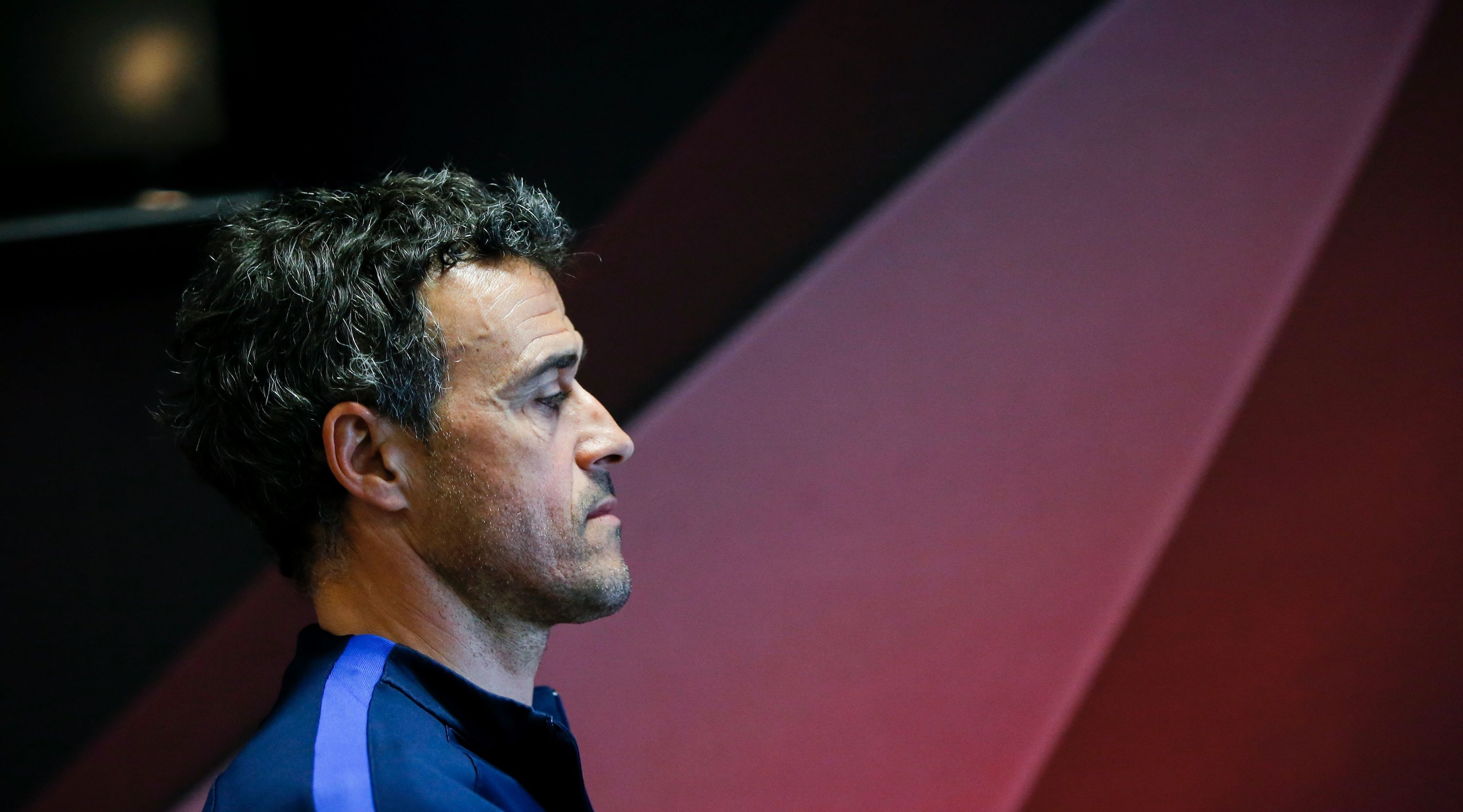 TOPSHOT - Barcelona's coach Luis Enrique leaves the press room after giving a press conference at the Sports Center FC Barcelona Joan Gamper in Sant Joan Despi, near Barcelona on April 1, 2017. / AFP PHOTO / PAU BARRENA (Photo credit should read PAU BARRENA/AFP/Getty Images)