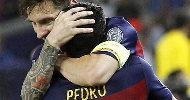 Messi celebrando con Pedro el gol de la victoria en la Supercopa ante el Sevilla.