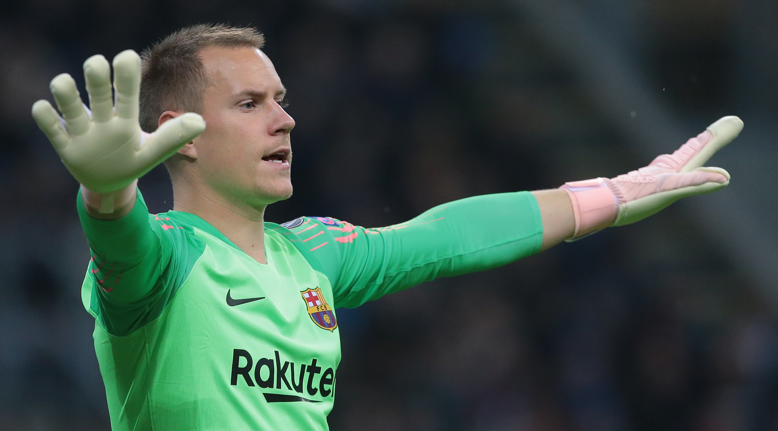 Marc-Andre ter Stegen of FC Barcelona gestures during the Group B match of the UEFA Champions League between FC Internazionale and FC Barcelona at San Siro Stadium on November 6, 2018 in Milan, Italy. (Photo by Emilio Andreoli/Getty Images)