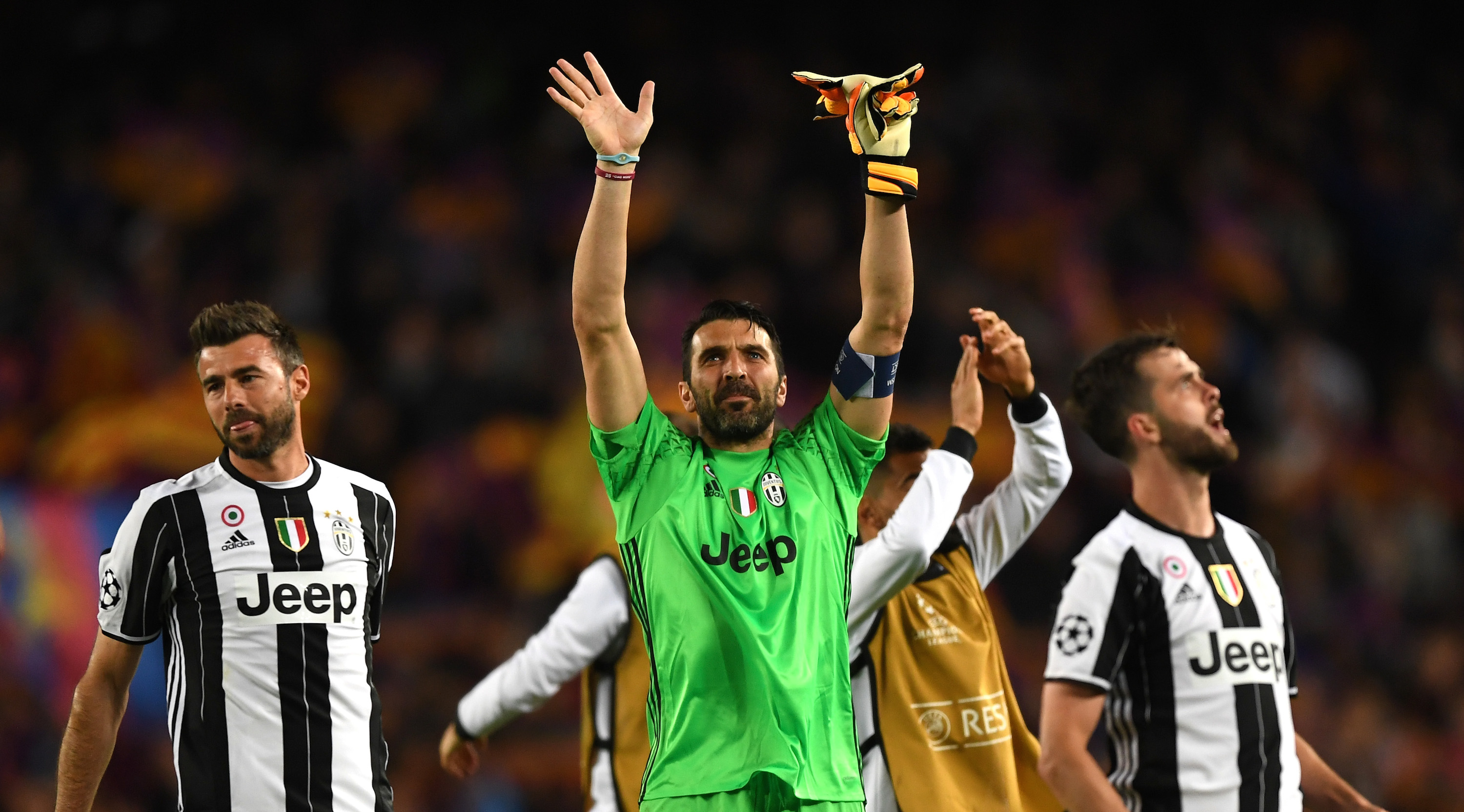 BARCELONA, SPAIN - APRIL 19: Gianluigi Buffon of Juventus shows appreciation to the fans after the UEFA Champions League Quarter Final second leg match between FC Barcelona and Juventus at Camp Nou on April 19, 2017 in Barcelona, Spain. (Photo by Shaun Botterill/Getty Images)