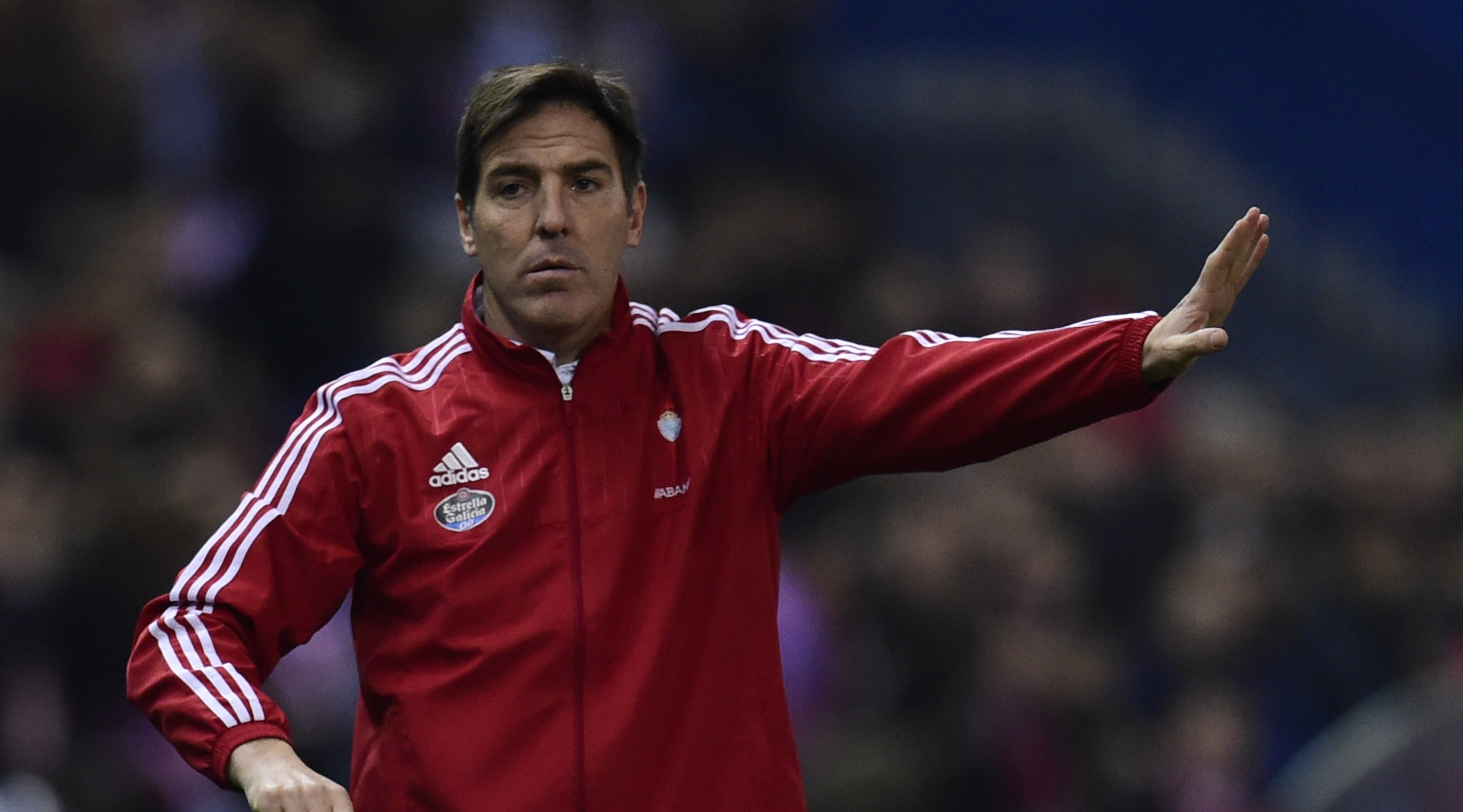 Celta Vigo's Argentinian coach Eduardo Berizzo gestures during the Spanish Copa del Rey (King's Cup) quarterfinal second leg football match Club Atletico de Madrid vs RC Celta de Vigo at the Vicente Calderon stadium in Madrid on January 27, 2016. AFP PHOTO/ JAVIER SORIANO / AFP / JAVIER SORIANO (Photo credit should read JAVIER SORIANO/AFP/Getty Images)