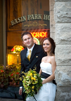 Eureka Springs, Arkansa Intimate Destination Wedding