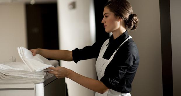 zhteitai-ellinida-housekeeper-biennh-euresh-ergasias