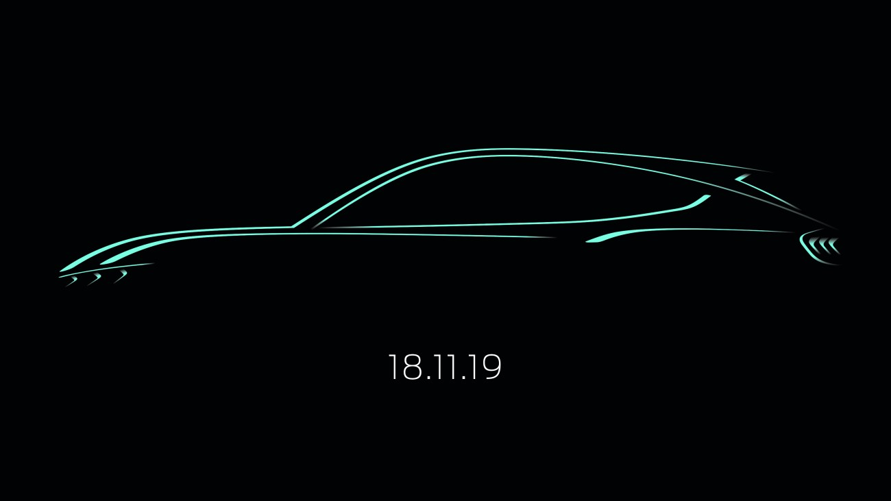 Mustang inspired SUV sketch 18.11.19