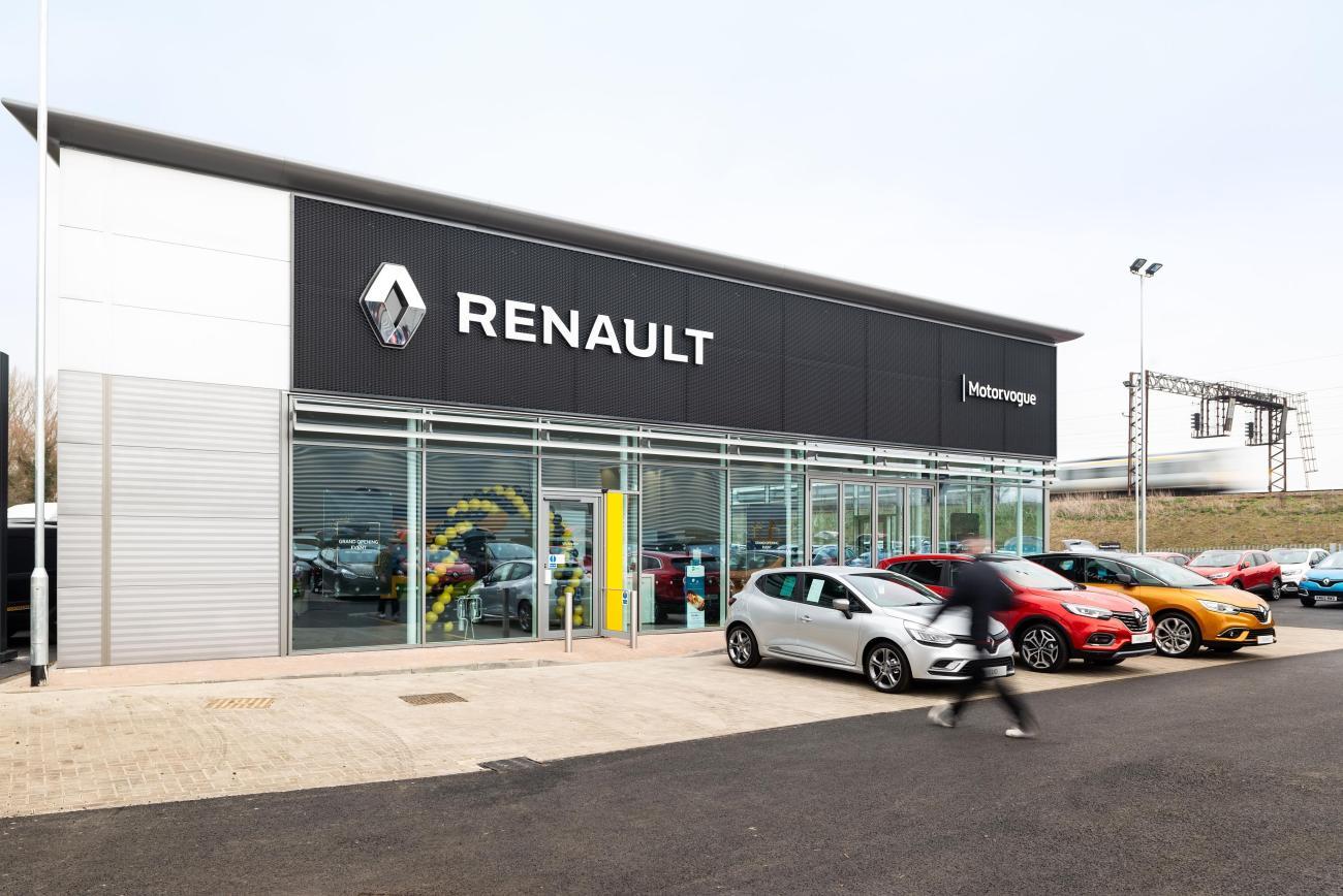 Motorvogue Renault, Interchange Retail Park, Bedfordshire 1