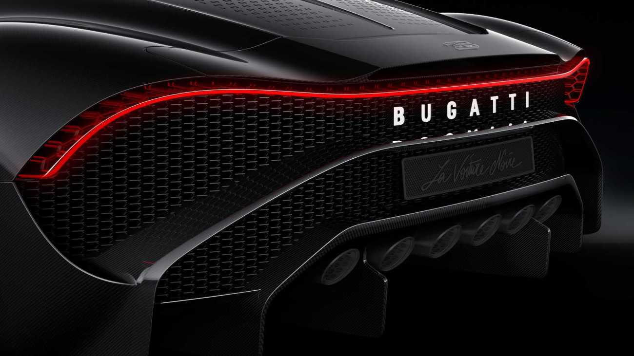 bugatti-3d-printed-titanium-exhaust-covers111