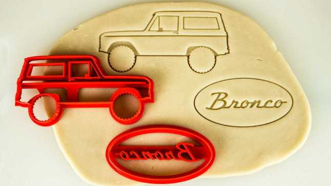 car-themed-cookie-cutters---ford-bronco-gen-1