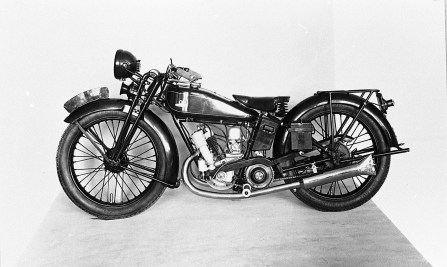 1929_11-Mazda100Years-Prototype250cctwo-strokeengineformotorcycleiscompleted