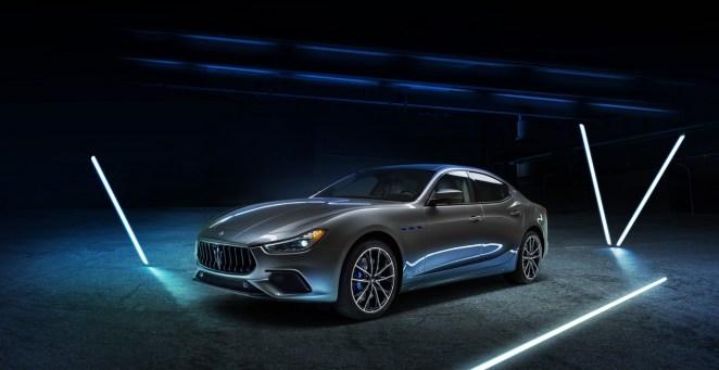02_Maserati_Ghibli_Hybrid