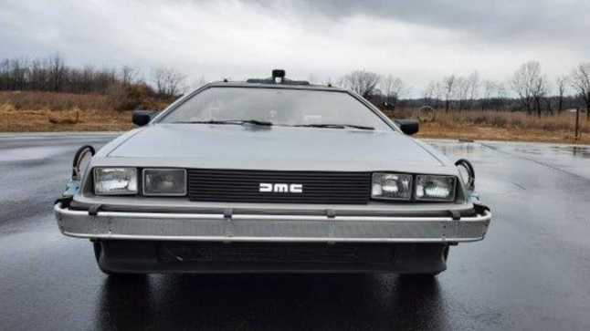 batmobile-ectomobile-delorean-head-to-auction2