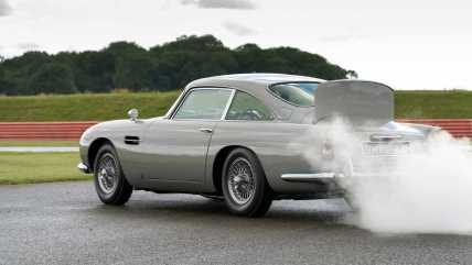 first-aston-martin-db5-goldfinger-continuation-car4