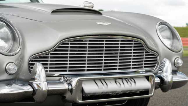first-aston-martin-db5-goldfinger-continuation-car6