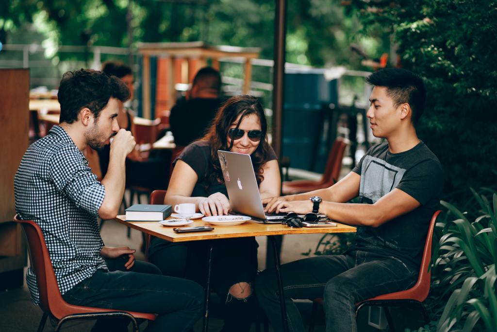 Students in Cafe