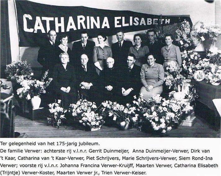 Catharina Elisabeth, 91 years old, in the centre. The extended family at the 175th Anniversary of the Verwer family company.