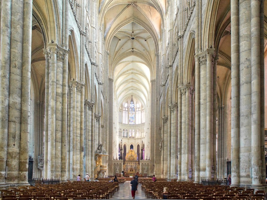 The cathedral vault is tallest in France over 43 m.